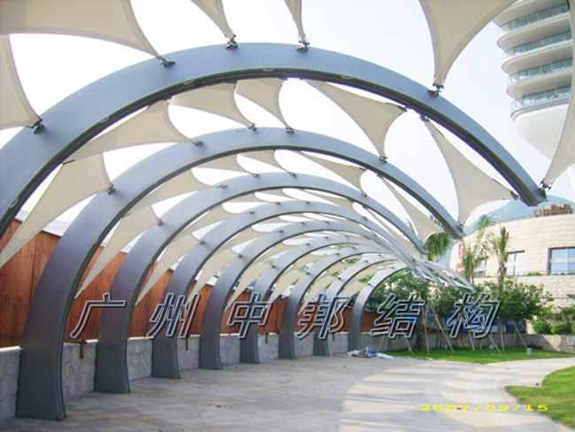 产品分类 日光板停车棚 广场景观膜结构 膜结构进出口雨棚 膜结构